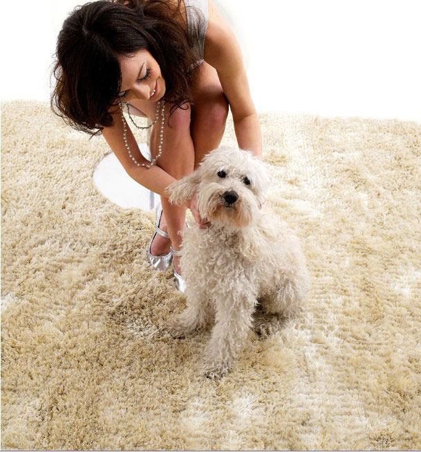 Contemporary White Rugs from Dhesja