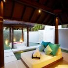 Exotic Bedroom Anantara Kihavah Villas