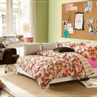 Girl Flower Teen Bedroom