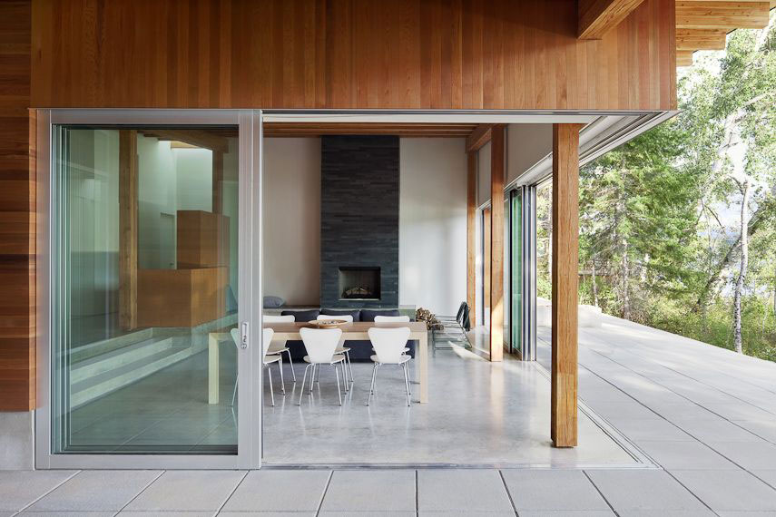 Multifunctional Aluminum Sliding Doors Shuswap Cabin by Splyce Design