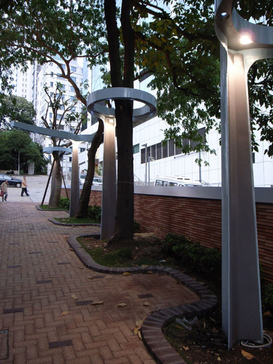 Second Lampposts Circular Shape