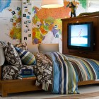 Adventurer Atmosphere Teen Boys Room with Map Wallpaper