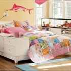 Amazing Teen Rooms for Girls with Aquarium Decoration