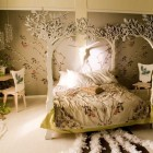 Amazing and Artistic Beige Bedroom Like in the Jungle