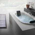 Built in Minimalist Oval Bathtub by BluBleu
