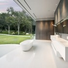 Luxury And Cool Bathroom Design Glass Pavilion
