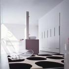 Luxury Bathroom Design with Polcadot Rug