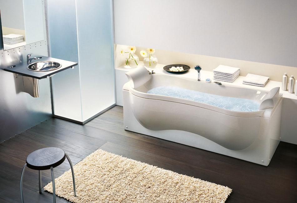 Modern Organic Shaped Bathtub With Cream by BluBleu
