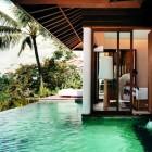 Nice Design Room Adjacent to the Pool Como Shambhala Resort