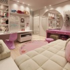 Pinky Girl Bedroom by DARKDOWDEVIL