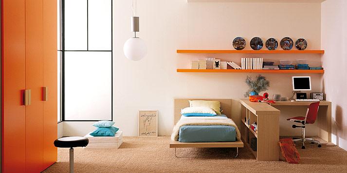 Shining Turquoise Orange Bed Room