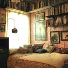Stunning Bedroom Guest House Like in the Library