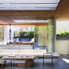 Awesome Front Courtyard Ideas