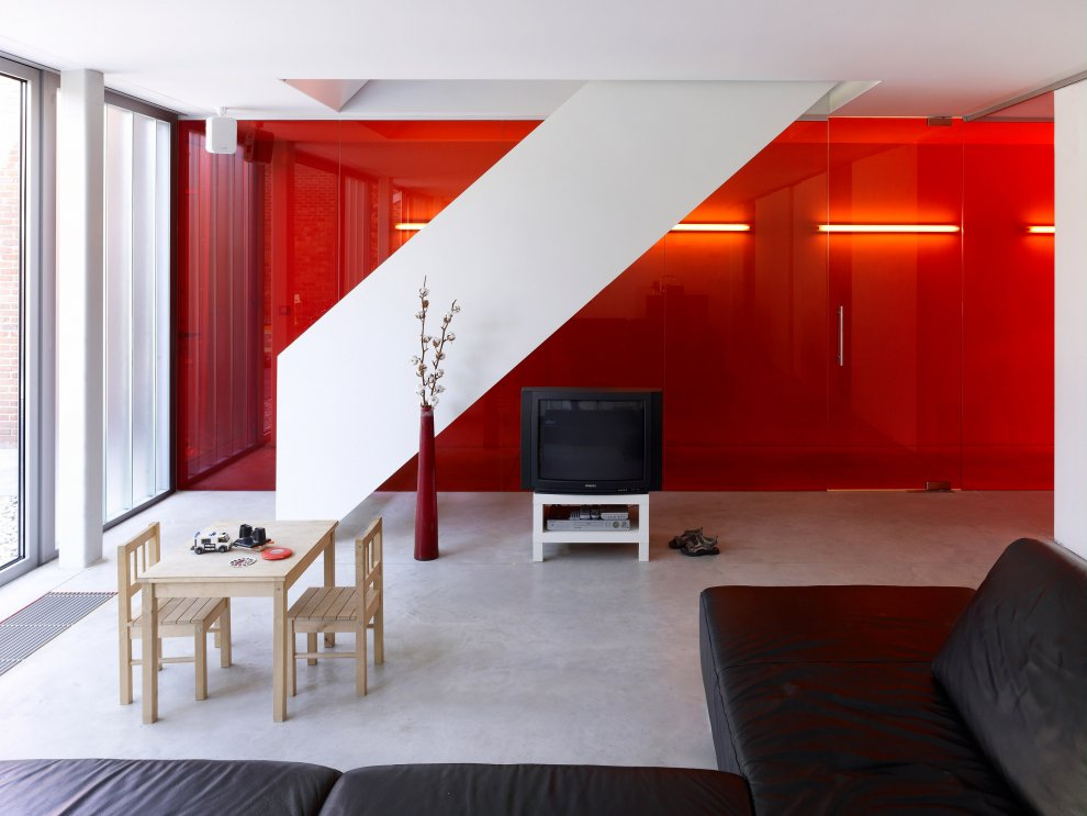 Red Room Wall Decor : Awesome red wall living room design interior ideas