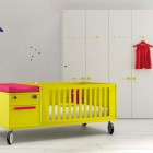 Awesome Yellow Crib and Girrafe Wallpaper