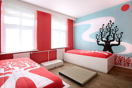 Colorful and Graphical Hotel Themed Room