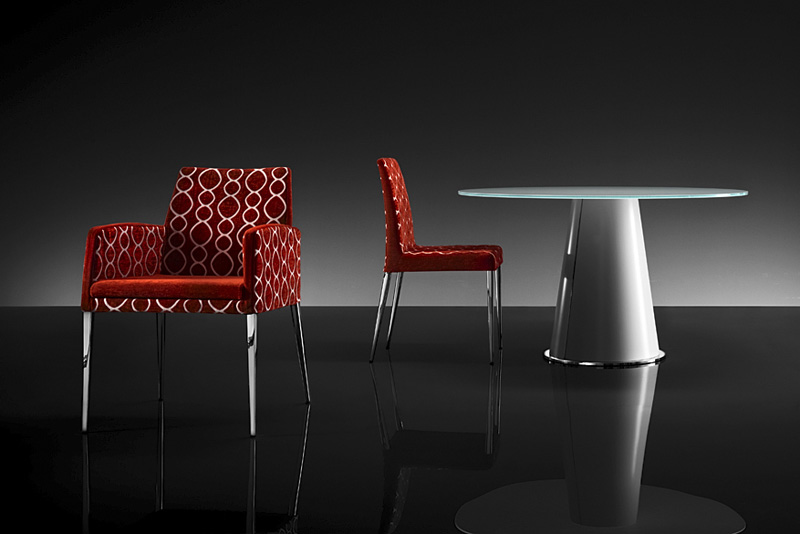 Contemporary Glass Top Dining Table with Twin Modern Chair