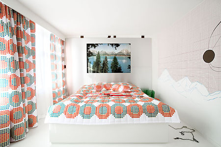 Dot Curtain and Bedcover Design Hotel Room