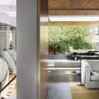 Fresh Courtyar in Modern Home