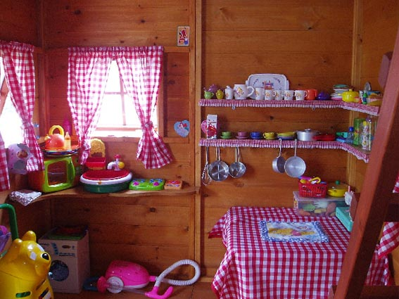 Girls Playhouse Interior Details