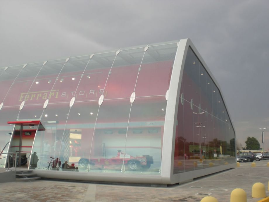 Modern ferrari factory store serravalle scrivia italia for Modern factory building design