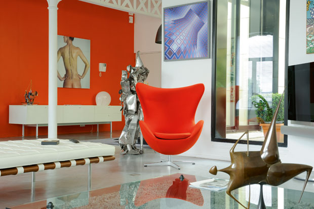 Orange Wall Decor with Modern Orange Chairs