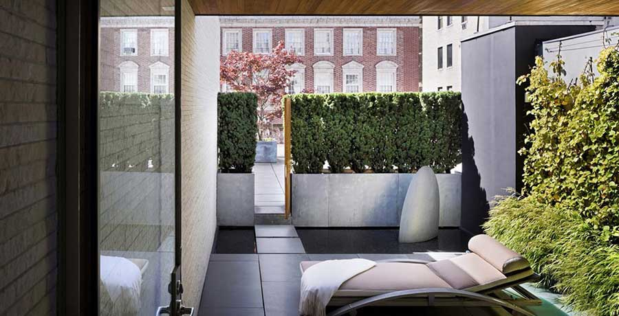 Rooftop Garden in Small Space