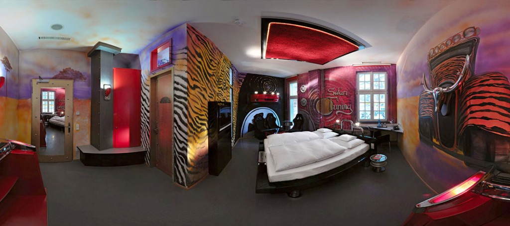 Safari Tuning Bedroom Hotel Themed