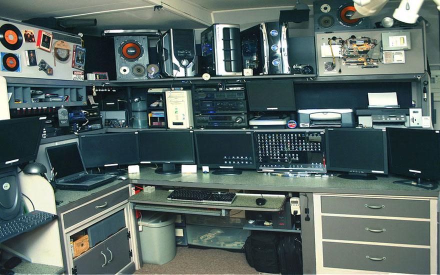 Studio Music Computer Setup Design