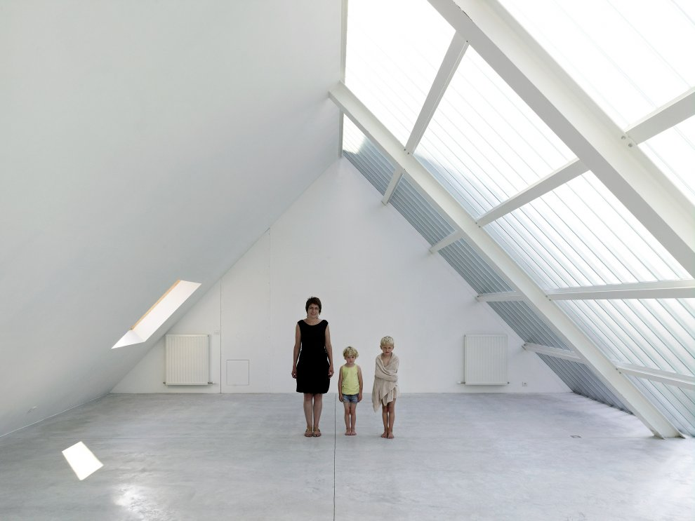 White Loft with Glass Roof Design Ideas