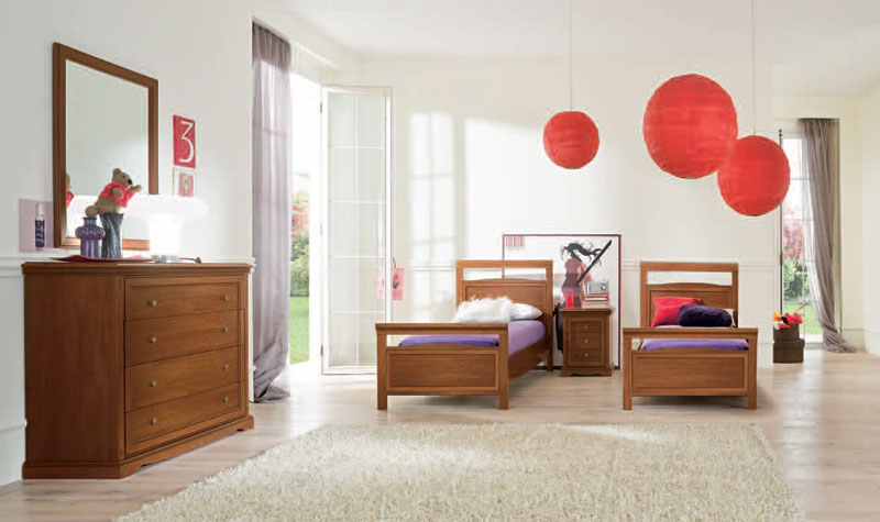 Classic Girl Bedroom with Pink Round Paper Lanterns Decor