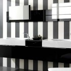 Stylish Black & White Bathroom Design