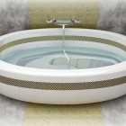 Oval Bath with Arabic Theme Design