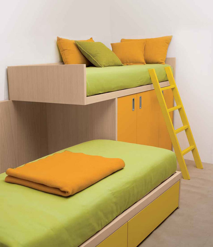 Yellow and Green Bunk Beds for Kids with Ladder Stand