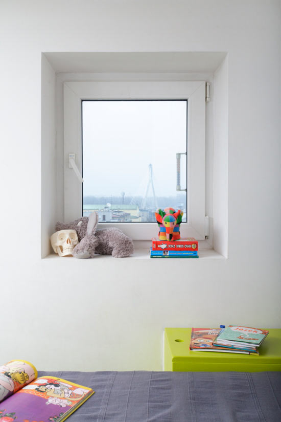Cheerful Window Apartment Design Inspirations