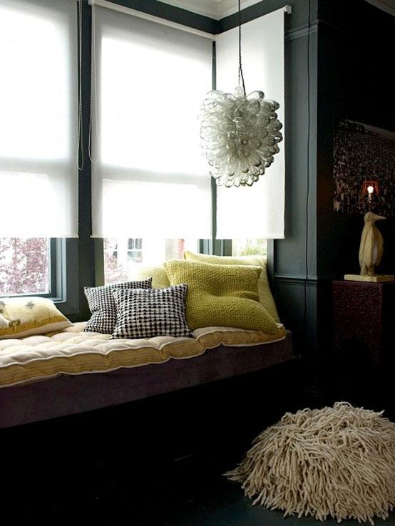 Modern Sofa Living Room Apartmen with Unique Chandelier