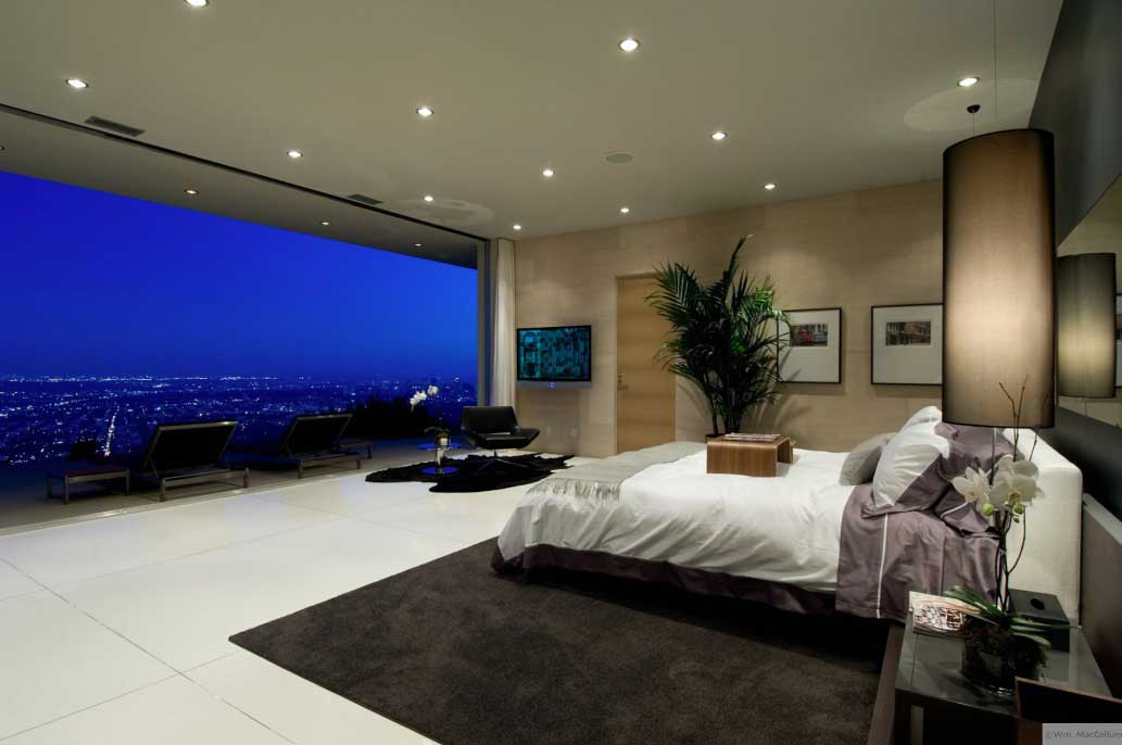 Spectacular bedroom city view on the night interior for Spectacular living rooms