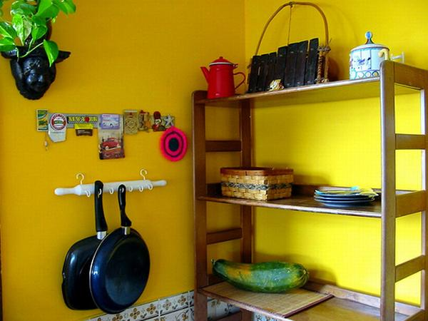 Yellow wall color kitchen areas interior design ideas for Kitchen decorating ideas yellow walls
