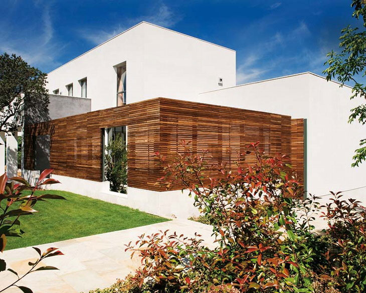 Beautiful Modern House with Wood Wall Ventilation