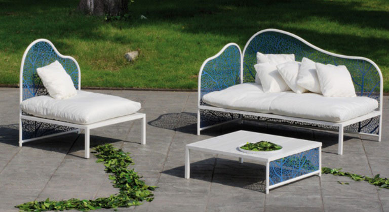 Blue and White Romantic and Refined Garden Furniture Collection