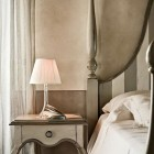 Classic Beautiful Bedroom Lamp and Table Lamp Design