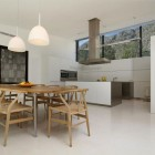 Luxury Dining Wishbone and Kitchen