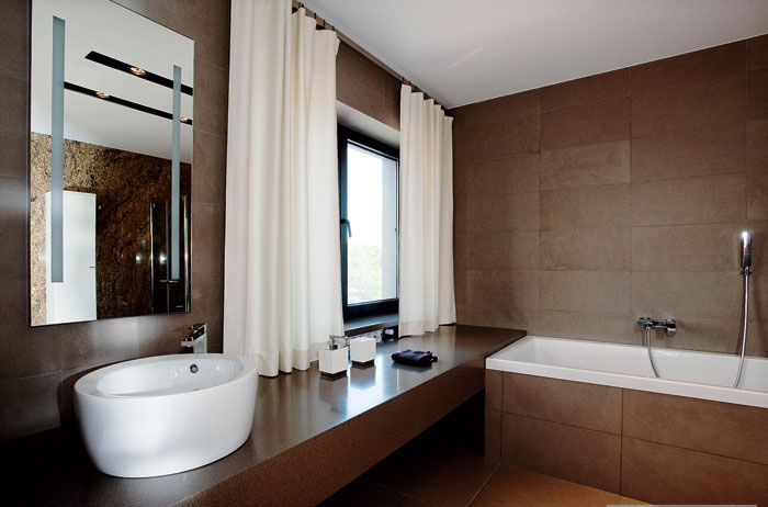 Modern White and Brown Bathroom Design - Interior Design Ideas