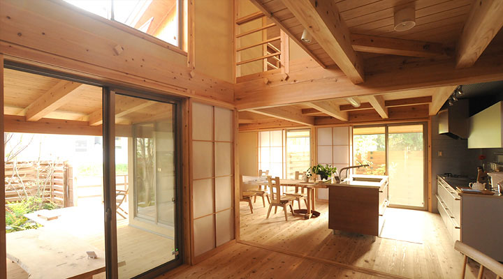 Natural Jpanese Wooden Kitchen Set