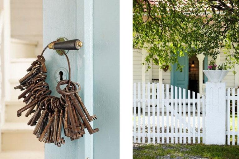 Creative Key Decor in Door Handles Design