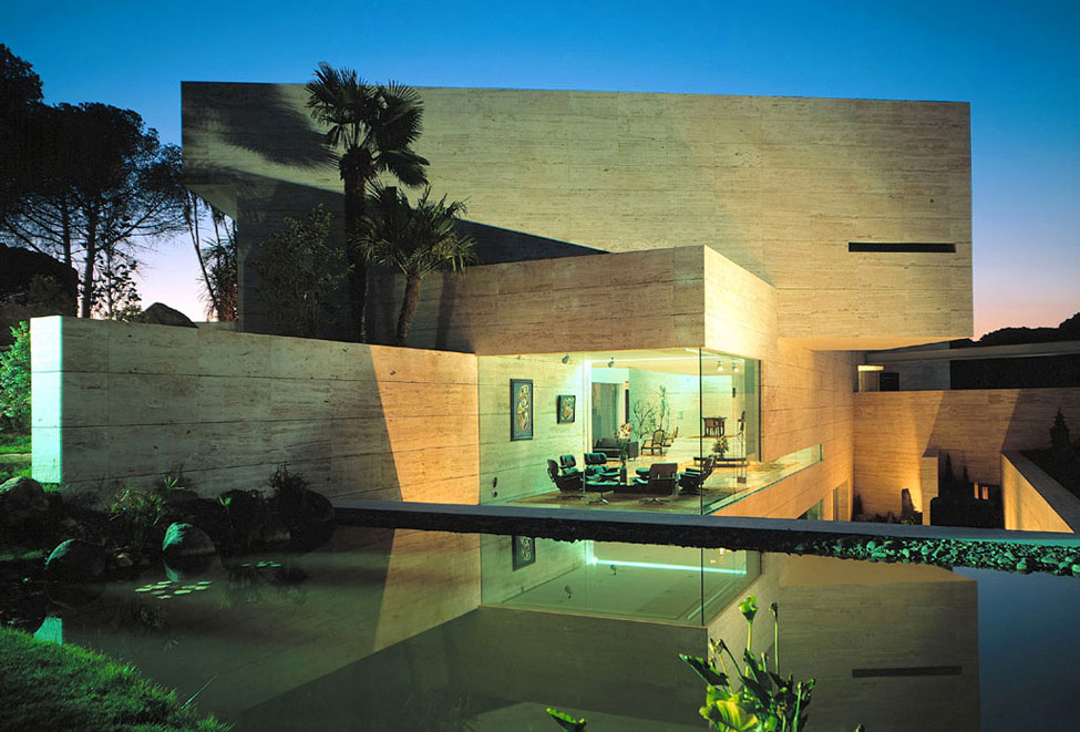 Exotic Exterior Wall Desig Ideas