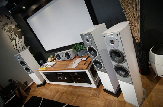 Modern Living Room with Home Audio Setup Ideas
