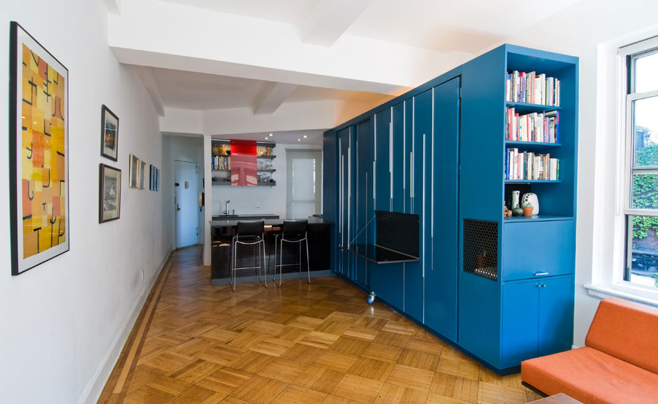 Modern Small Apartment Designs Ideas with Wooden Floor