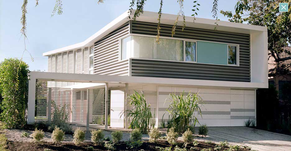 Modern White House with TUBE Ventilated wall