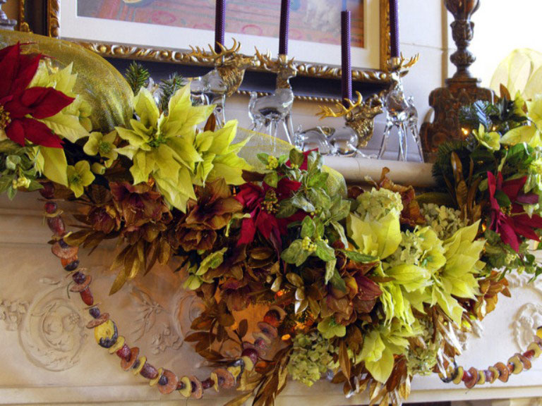 Catchy Firepalce Mantels Dcorations for Chirstmas